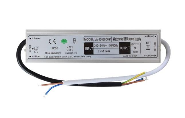 Zdroj spínaný pro LED diody a pásky IP66, 12V/ 60W/5A (Napájecí zdroj pro LED pásky 60W 12V 5A)