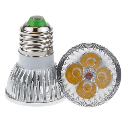 LED Light žárovka bodovka E27 8W bílá teplá (4x Power LED žárovka)
